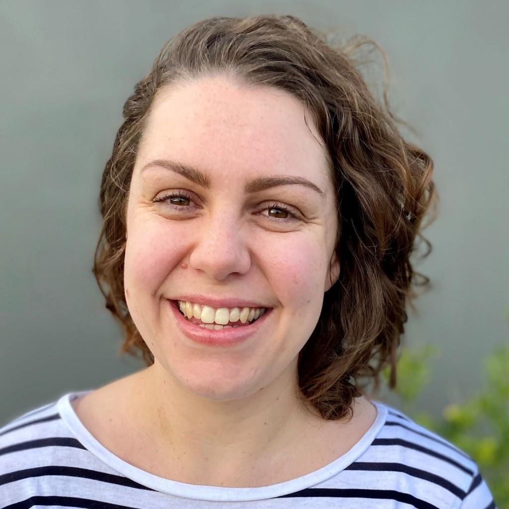Claire Gasper (2)